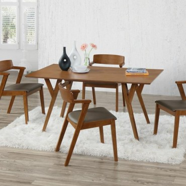 Casual Rectangular Wood Dining Room Table.
